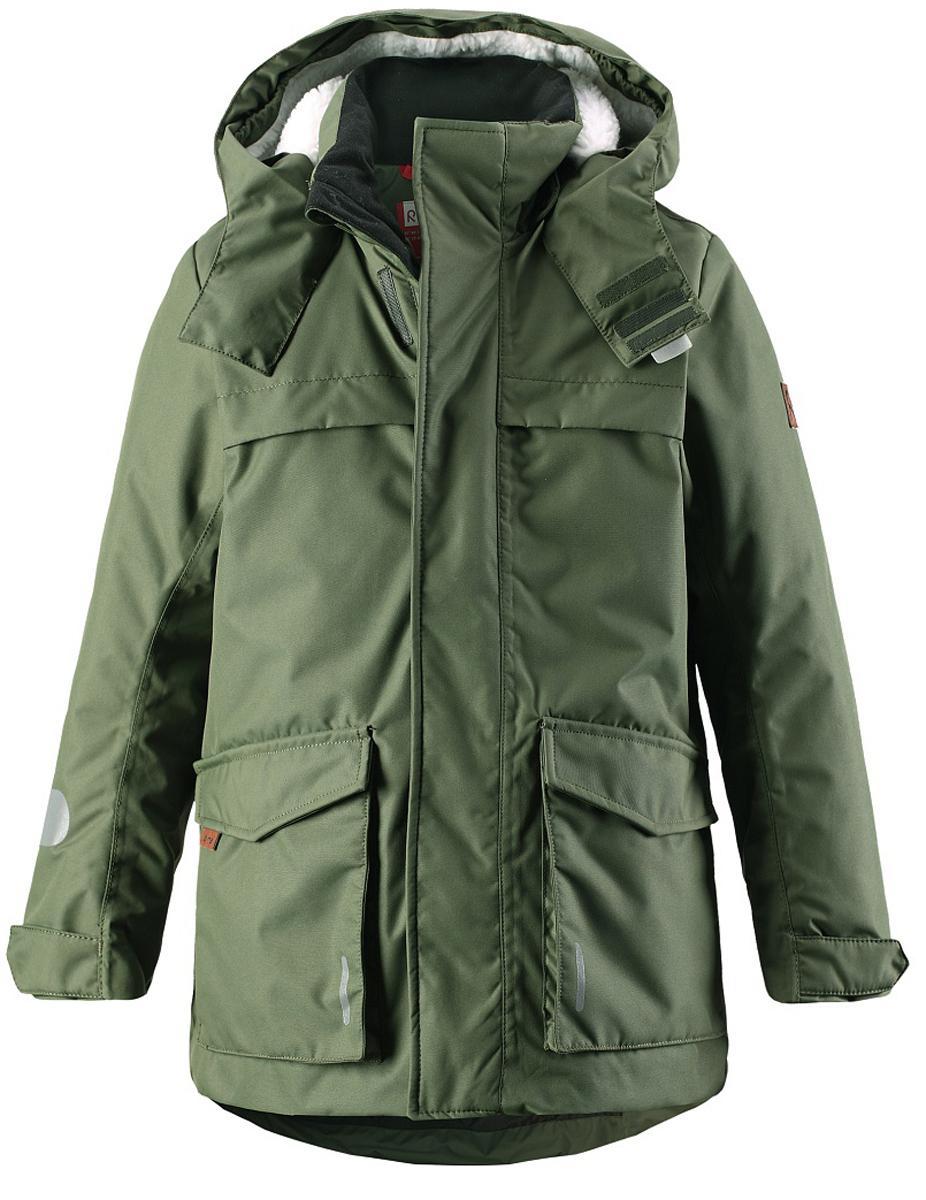 Куртка531227-3830Стильная зимняя куртка должна быть у всех модных любителей прогулок! Удлиненная модель прямого покроя отличается яркой расцветкой и создает восхитительный зимний образ! Куртка пошита из ветронепроницаемого дышащего материала, который отталкивает воду и грязь, поэтому она идеально подходит для любых уличных развлечений. Съемный капюшон не только защищает от холодного ветра, но и безопасен во время игр на свежем воздухе. Более длинный задний подол обеспечивает дополнительную защиту. Традиционная и функциональная — отлично подходит для улицы! Водонепроницаемость: Waterpillar over 10 000 mm.