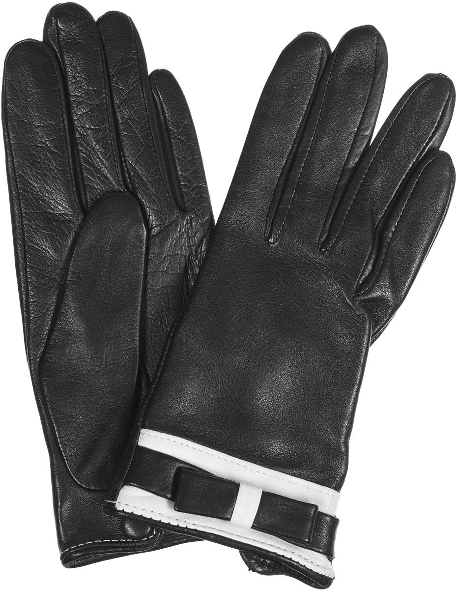 ПерчаткиIS288Элегантные женские перчатки Eleganzza не только защитят ваши руки от холода, но и станут великолепным украшением. Перчатки выполнены из чрезвычайно мягкой и приятной на ощупь натуральной кожи. Подкладка из шелка. Лицевая сторона перчаток на запястье украшена симпатичным бантиком. На внутренней ладонной стороне имеется разрез, который может застегиваться на кнопку обтянутой кожей. В настоящее время перчатки являются неотъемлемой принадлежностью одежды, вместе с этим аксессуаром вы обретаете женственность и элегантность. Перчатки станут завершающим и подчеркивающим элементом вашего стиля и неповторимости.