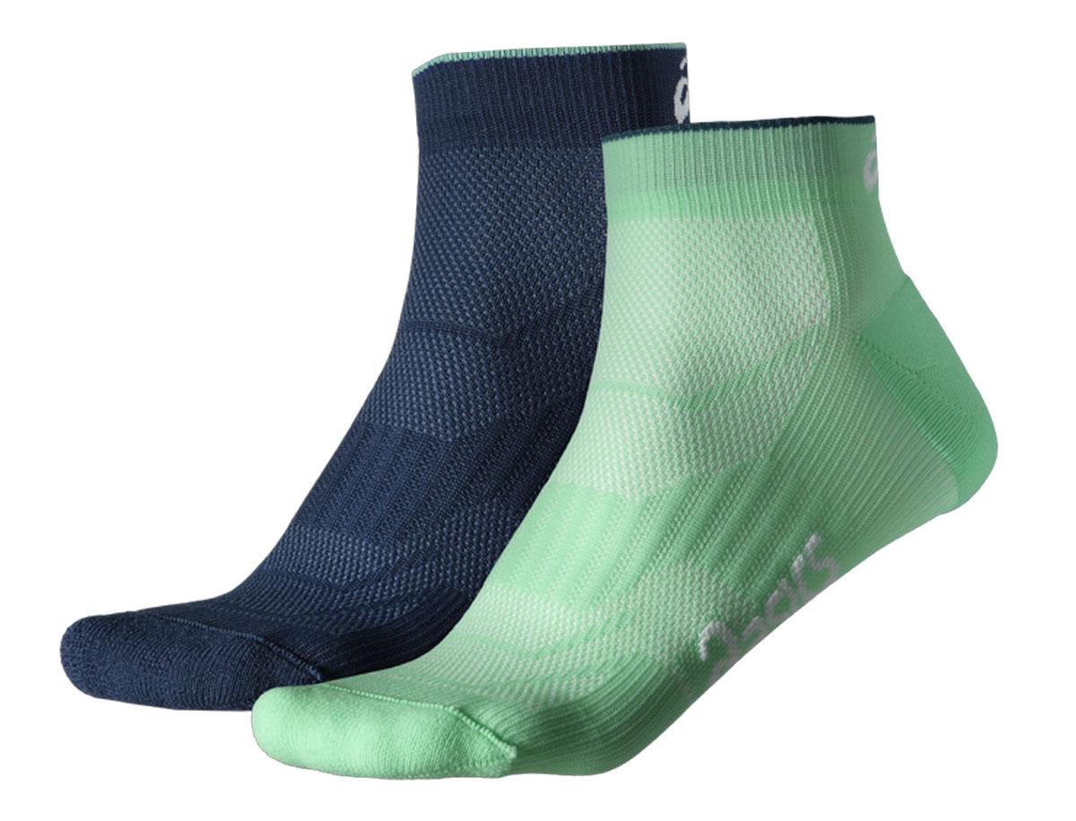 Носки130887-8009Укороченные женские носки Asics, изготовленные из высококачественного трикотажа, подходят как для занятий спортом, так и для повседневного ношения. Удобная резинка не сдавливает и комфортно облегает ногу. Обладают повышенной прочностью, благодаря усиленной пятке и мыску. Воздухопроницаемость и вентиляция за счет тонких сетчатых зон. Плоский шов в зоне пальцев для предотвращения давления и натирания. Вывод влаги для сухости и комфорта стопы. Мягкие вставки для комфорта и поддержки. Оформлены носки контрастным принтом. Идеальное сочетание практичности, легкости и комфорта. В комплект входят две пары.