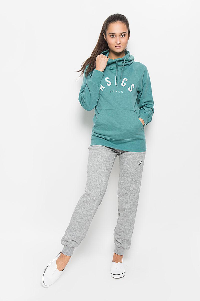 Толстовка131454-0714Стильная и уютная женская толстовка Asics Logo Knit, изготовленная из хлопка с добавлением полиэстера, мягкая и приятная на ощупь, обладает хорошей гигроскопичностью и позволяет коже дышать. Модель с капюшоном и длинными рукавами-реглан не сковывает движений и обеспечивает наибольший комфорт. Объем капюшона регулируется при помощи шнурка-кулиски. Манжеты рукавов и низ толстовки оснащены эластичными резинками. Спереди толстовка дополнена карманом-кенгуру и украшена принтом с логотипом производителя. Эта толстовка - настоящее воплощение комфорта, она послужит отличным дополнением к вашему гардеробу. В ней вы будете чувствовать себя уютно и уверенно.