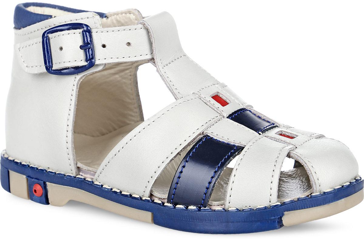 Tas333-211Модные сандалии Таши Орто заинтересует вашего мальчика с первого взгляда. Модель выполнена из натуральной кожи. Ремешок на застежке- пряжке помогает оптимально подогнать полноту обуви по ноге и гарантирует надежную фиксацию. Анатомическая стелька из натуральной кожи с супинатором, не продавливающимся во время носки, обеспечивает правильное формирование стопы. Благодаря использованию современных внутренних материалов оптимально распределяется нагрузка по всей площади стопы, что дает ножке ощущение мягкости и комфорта. Полужесткий задник фиксирует ножку ребенка. Мягкая верхняя часть, которая плотно прилегает к ноге, и подкладка, изготовленная из натуральной кожи, позволяют избежать натирания. У изделия ортопедический каблук Томаса высотой от 2 до 5 мм (в зависимости от размера обуви), продленный с внутренней стороны подошвы, его внутренняя часть длиннее наружной, укрепляет подошву под средней частью стопы и препятствует заваливанию стопы внутрь (что обычно наблюдается при...