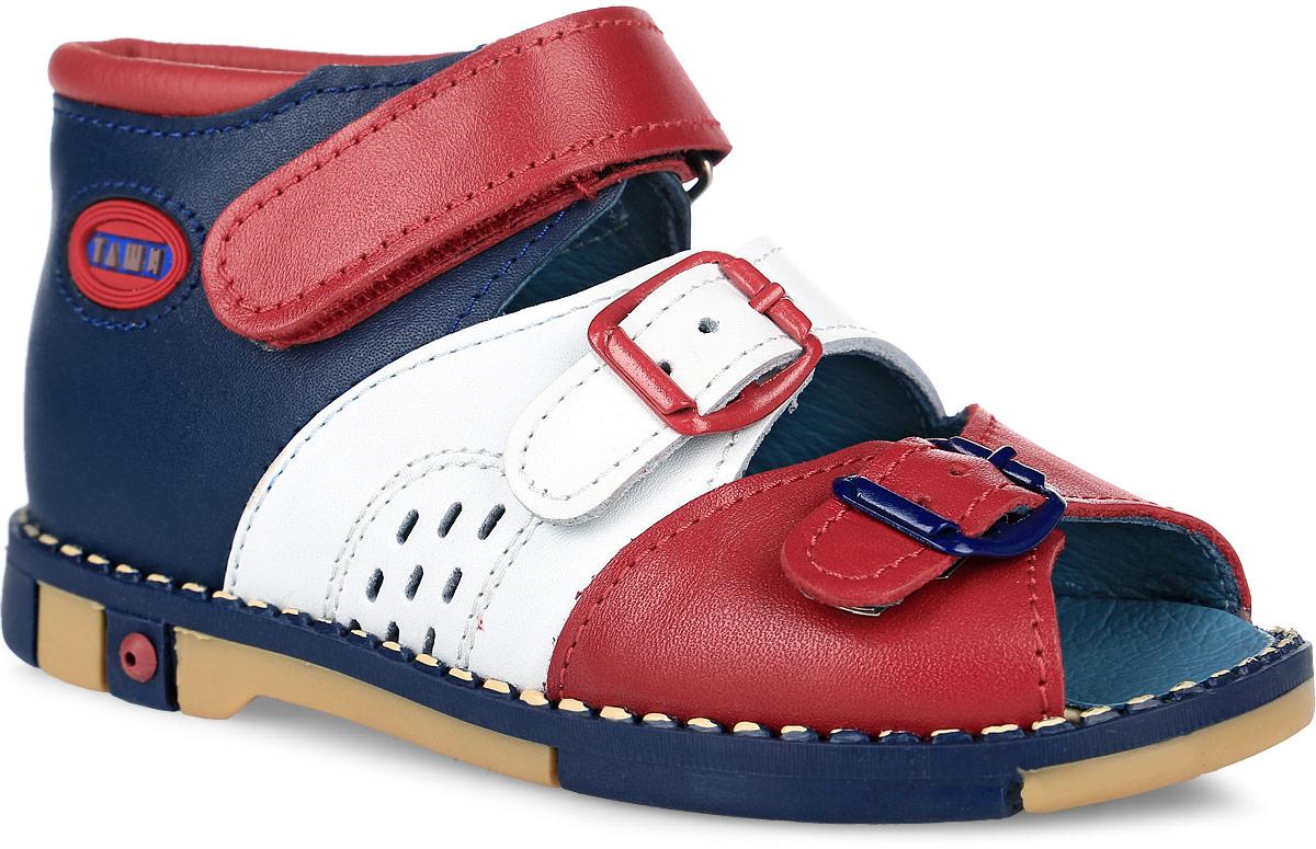 Tas321-95Модные сандалии Таши Орто заинтересует вашего мальчика с первого взгляда. Модель выполнена из натуральной кожи. Ремешок на застежке-липучке и ремешки на застежках-пряжках помогают оптимально подогнать полноту обуви по ноге и гарантируют надежную фиксацию. Боковая сторона изделия декорирована логотипом бренда. Анатомическая стелька из натуральной кожи с супинатором, не продавливающимся во время носки, обеспечивает правильное формирование стопы. Благодаря использованию современных внутренних материалов оптимально распределяется нагрузка по всей площади стопы, что дает ножке ощущение мягкости и комфорта. Полужесткий задник фиксирует ножку ребенка. Мягкая верхняя часть, которая плотно прилегает к ноге, и подкладка, изготовленная из натуральной кожи, позволяют избежать натирания. У изделия ортопедический каблук Томаса высотой от 2 до 5 мм (в зависимости от размера обуви), продленный с внутренней стороны подошвы, его внутренняя часть длиннее наружной, укрепляет подошву...