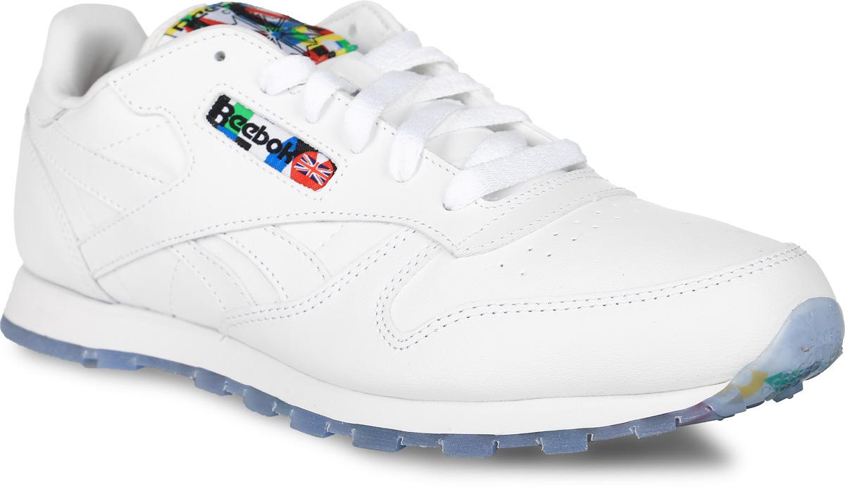 AR1995Стиль — это то качество, которое приобретается еще в детстве. Эти кроссовки из коллекции Classic Leather — яркое тому доказательство. Классический дизайн придаст образу легкий ретро мотив, а промежуточная подошва гарантирует непревзойденный комфорт благодаря эффективному поглощению энергии удара. Мягкий кожаный верх обеспечивает комфорт и поддержку. Низкий дизайн гарантирует полную свободу движений. Литая промежуточная подошва из ЭВА эффективно поглощает энергию удара. Классический логотип располагается сбоку. Стойкая к истиранию, прочная резиновая подошва подходит для отличного сцепления. Съемная стелька Ortholite создана для амортизации и дополнительного комфорта.