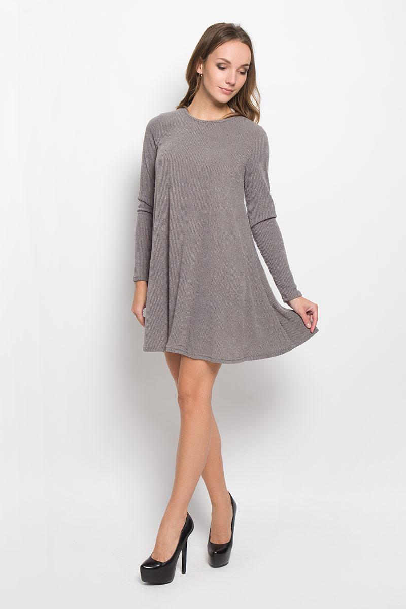 TT0667A_GREY MARL RIBСтильное платье Glamorous идеально подойдет для вас и подчеркнет вашу индивидуальность. Выполненное из вискозы с добавлением эластана, оно мягкое и приятное на ощупь, не сковывает движений, обеспечивая комфорт. Модель длины мини с круглой горловиной и длинными рукавами имеет свободный покрой. Такое платье непременно украсит ваш гардероб и добавит образу женственности.