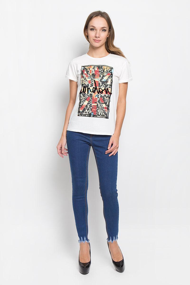 ДжинсыCK3247_DARK BLUEСтильные женские джинсы Glamorous - джинсы высочайшего качества, которые прекрасно сидят. Джинсы Glamorous созданы специально для того, чтобы подчеркивать достоинства вашей фигуры. Узкая по ноге модель и зауженный к низу крой, отличный выбор для создания динамичного городского образа. Застегиваются джинсы на пуговицу и ширинку на застежке-молнии, имеются шлевки для ремня. Спереди модель оформлены двумя втачными карманами и одним небольшим секретным кармашком, а сзади - двумя накладными карманами. По низу изделие оформлено эффектом искусственного состаривания денима: прорезями, потертостями, перманентными складками. Современный дизайн и расцветка делают эти джинсы стильным предметом женской одежды. Это идеальный вариант для тех, кто хочет заявить о себе и своей индивидуальности, и отразить в имидже собственное мировоззрение.