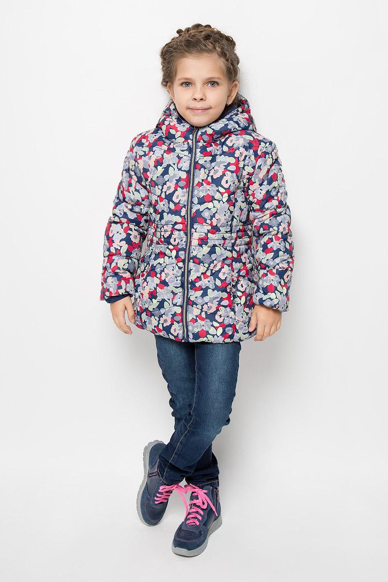 Куртка3532674.00.81_6725Прелестная куртка Tom Tailor идеально подойдет для вашей принцессы в прохладное время года. Модель изготовлена из 100% полиэстера и оформлена оригинальным цветочным принтом. Мягкая подкладка и утеплитель из 100% полиэстера не дадут вашей девочке замерзнуть. Куртка с воротником-капюшоном застегивается на застежку-молнию. Капюшон, пришит к куртке и оформлен декоративными нашивками-ушками. Изделие дополнено спереди двумя прорезными карманами без застежек. Манжеты рукавов дополнены эластичными резинками. Такая стильная куртка станет прекрасным дополнением гардеробу вашей девочки, она подарит комфорт и тепло.