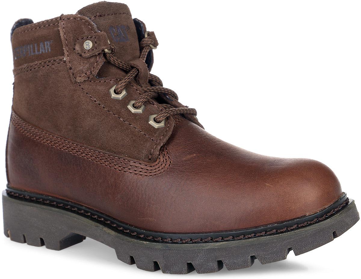 P308969Стильные ботинки Melody от Caterpillar не оставят вас равнодушной. Модель на классической шнуровке, выполнена из натуральной высококачественной кожи и замши. Боковые стороны оформлены тиснением в виде логотипа бренда. Внутренняя поверхность и стелька изготовлены из мягкого текстиля, сохраняющего тепло и создающего комфорт. Подошва с агрессивным протектором гарантирует отличное сцепление с любой поверхностью.