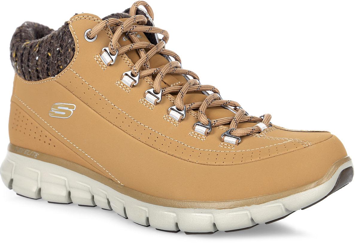 12122-BBKЖенские ботинки Skechers Synergy-Winter Nights выполнены из натуральной кожи и дополнены текстильной вязаной вставкой. Обувь фиксируется на ноге при помощи классической шнуровки. Подкладка выполнена из текстильного материала. Стелька из вспененного полимера с эффектом памяти превосходно сохраняет тепло благодаря флисовому покрытию. Подошва из резины дополнена рифлением.