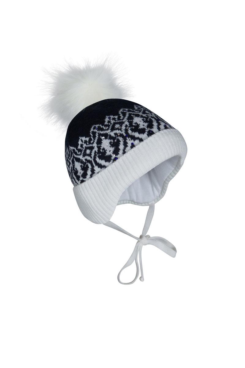 1Ш1608Шапка бэби с завязками из зимней коллекции OLDOS для маленьких модниц! Такая шапка хорошо закрывает ушки, завязки фиксируют шапку так, чтобы ничего не мешало игре или прогулке. Шапка мягкая и теплая благодаря утеплителю холлофайбер плотностью 70 г. и составу пряжи 70% шерсть, 30% акрил. Подкладка вискоза отводит излишнюю влагу и сохраняет ощущение комфорта во время прогулок. Помпон искусственный. Шапка двухцветная с жаккардовым переплетением и декором из страз.