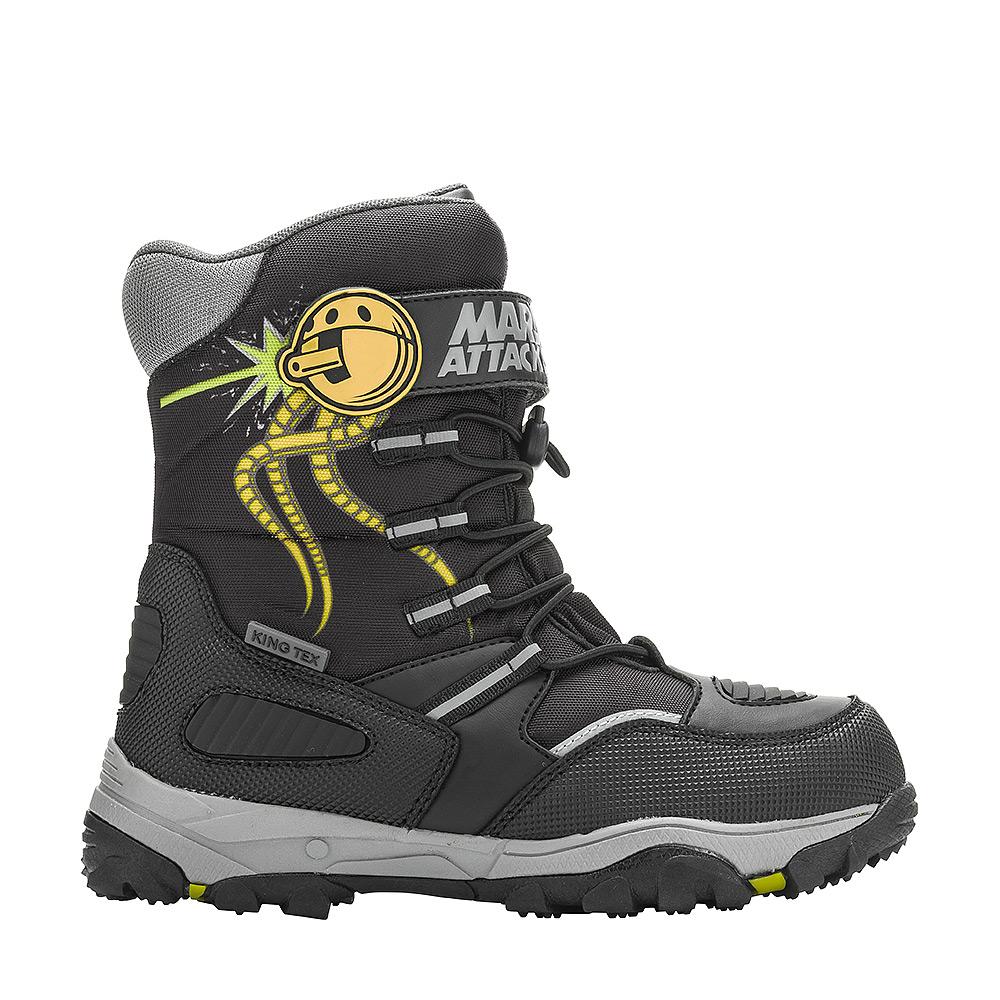 6514AДутики от Kakadu непременно понравится как маленьким непоседам, так и их заботливым родителям. Модель, выполненная из текстиля King Tex и синтетической кожи, гарантирует непромокаемость. Укрепленные носок и пятка обладают необходимой степенью жесткости для поддержания формы на протяжении всего периода использования. Подкладка из шерсти обеспечивает ногам тепло и сухость при любых климатических условиях. Съемную стельку всегда можно вынуть или заменить. Подошва из термопластичной резины и ЭВА отличается хорошей сцепляемостью с поверхностью и высокой пружинистостью. Благодаря этим качествам дети могут совершать длительные прогулки без чувства усталости в ногах. Эластичная шнуровка со стоппером и хлястик на липучке позволяют легко подобрать оптимальный объем.