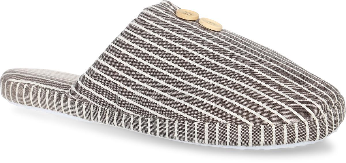 H180Удобные мужские тапки Burlesco, выполненные из плотного текстиля, помогут отдохнуть вашим ногам после трудового дня. Внешняя сторона тапочек оформлена принтом в полоску и дополнена декоративными пуговицами. Внутренняя поверхность и стелька также выполнены плотного текстиля. Тапки обеспечат прогрев ног сухим теплом, защитят от воздействия холода и сквозняков, и снимут усталость ног. Рельефная подошва, выполненная из материала ТЭП, обеспечивает сцепление с любой поверхностью. Материал ТЭП не пропускает и не впитывает воду. Тапки идеально подойдут для ношения в помещениях с любыми типами полов. Легкие и мягкие тапки подарят чувство уюта и комфорта.