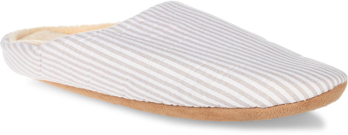 H136Женские тапки Burlesco не дадут вашим ногам замерзнуть. Модель выполнена из мягкого текстильного материала и оформлена принтом в полоску. Внутренняя поверхность и стелька выполнены из текстильного материала с небольшим ворсом. Тапки обеспечат прогрев ног сухим теплом, защитят от воздействия холода и сквозняков, и снимут усталость ног. Легкие и мягкие тапки подарят чувство уюта и комфорта.