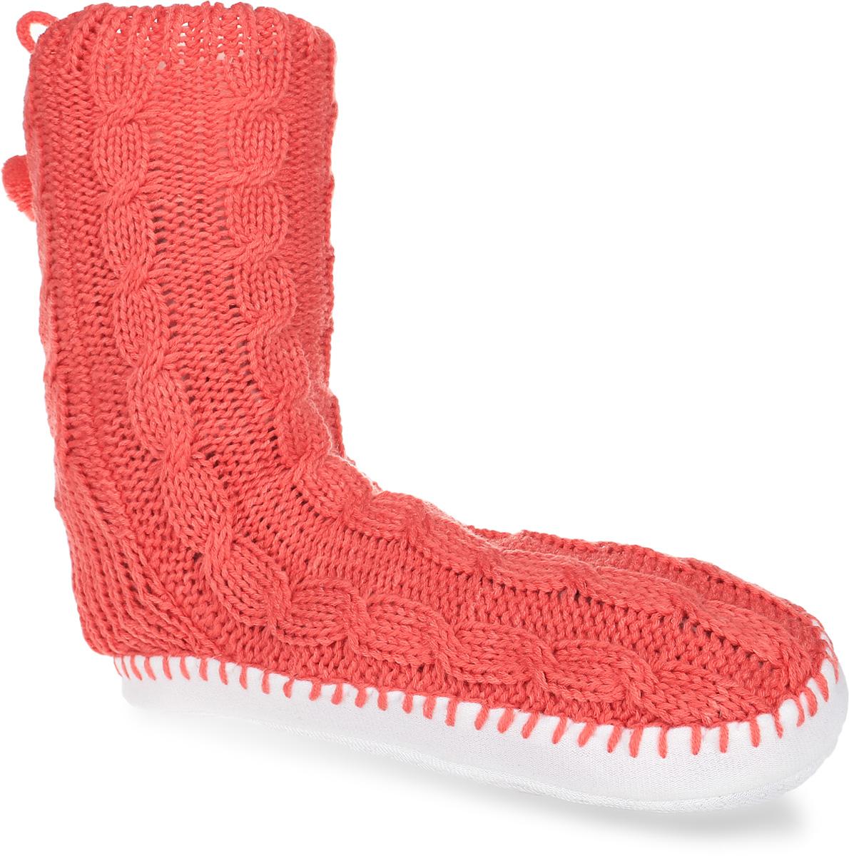 H30Женские вязанные тапки-носки Burlesco не дадут вашим ногам замерзнуть. Модель выполнена из мягкого текстиля и оформлена оригинальным узором и украшена небольшим бантиком с помпонами. Плотная подошва дополнена силиконовыми вставками против скольжения. Тапки обеспечат прогрев ног сухим теплом, защитят от воздействия холода и сквозняков, и снимут усталость ног. Легкие и мягкие тапки подарят чувство уюта и комфорта.