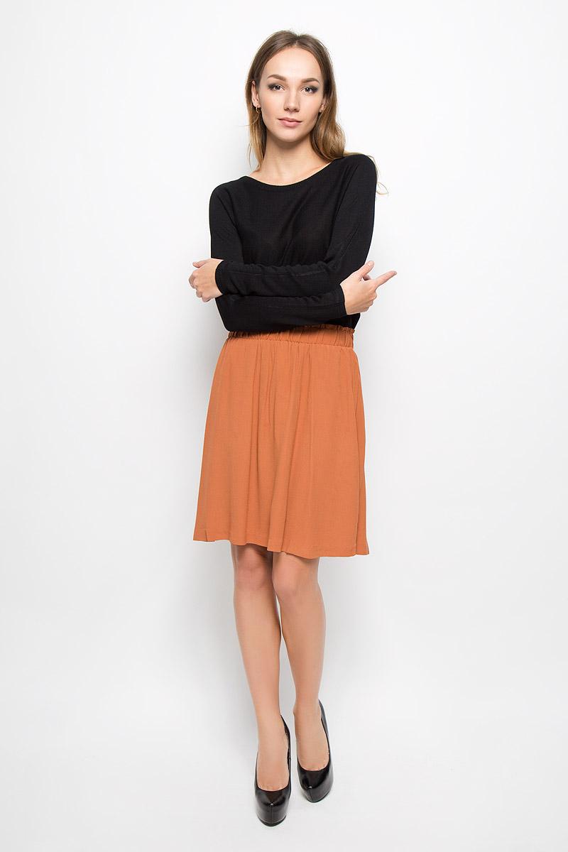 Юбка16051840_SierraСтильная женская юбка Selected Femme поможет создать оригинальный женственный образ. Изготовленная из 100% вискозы, она не сковывает движения и обеспечивает удобство при носке. Модель-миди имеет стильный пояс на резинке. Юбка выполнена в легком, лаконичном стиле. Модная юбка займет достойное место в вашем гардеробе и будет дарить вам комфорт в течение всего дня.