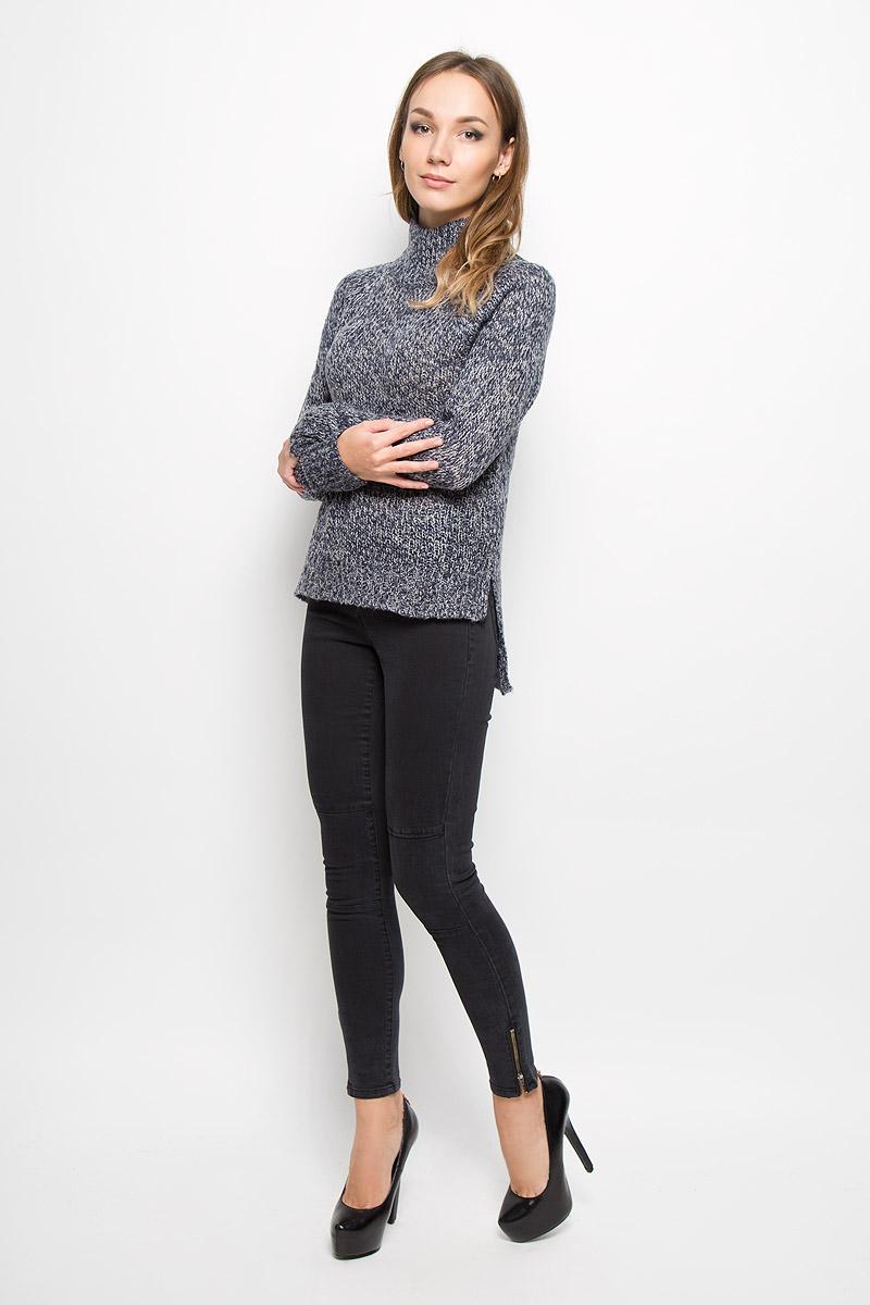 10159274_BlackЖенский свитер Vero Moda Denim станет стильным дополнением к вашему гардеробу. Выполненный из акриловой пряжи, он очень мягкий и приятный на ощупь, не сковывает движения и хорошо сохраняет тепло. Свитер с длинными рукавами-реглан и высоким воротником-стойкой великолепно подойдет для создания современного образа в стиле Casual. Воротник, манжеты и низ изделия связаны крупной резинкой. Спинка модели удлинена, по бокам имеются разрезы. Такой свитер идеально подойдет для прохладной погоды, в нем вы всегда будете чувствовать себя уютно и комфортно.