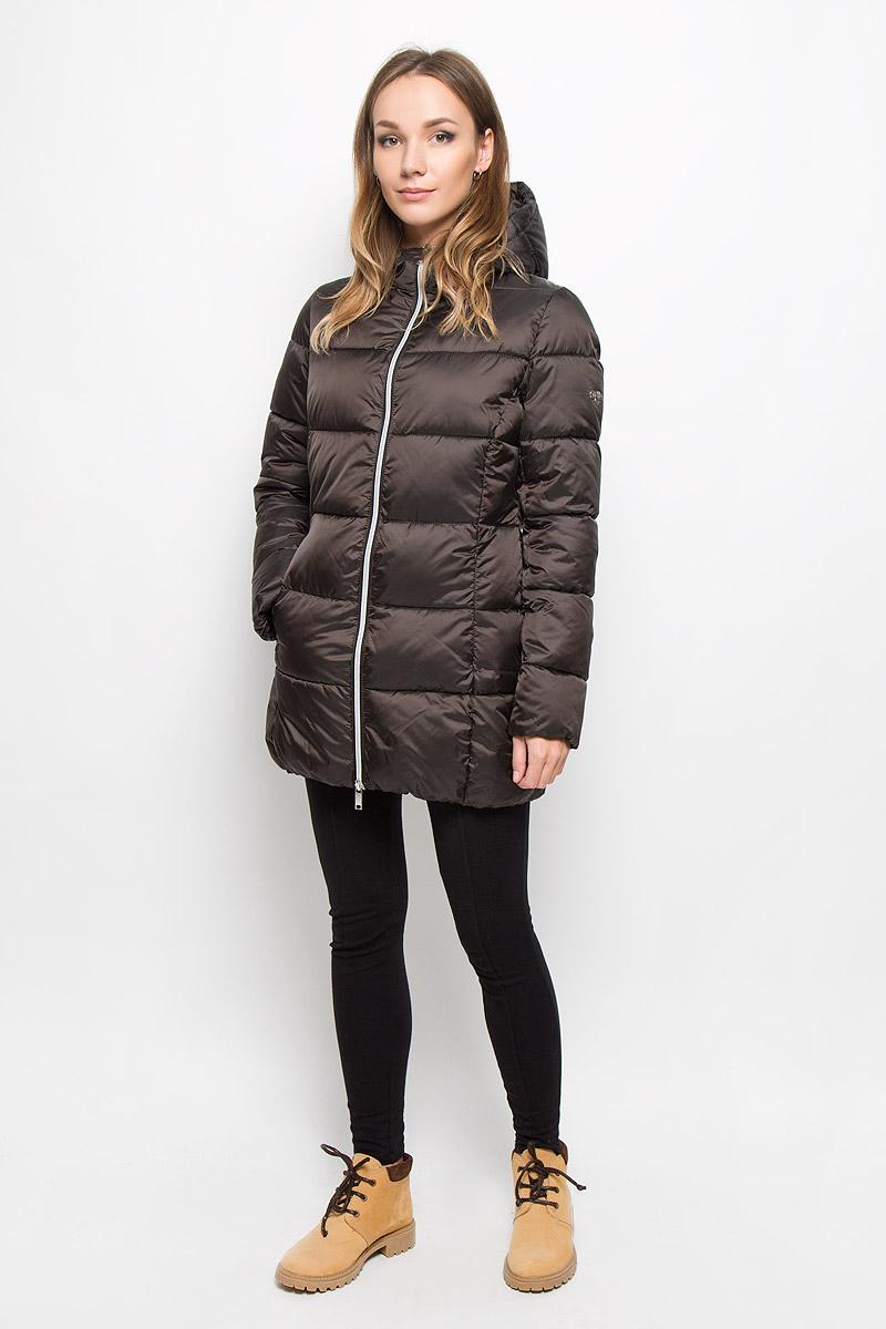 КурткаAL-2962Стильная молодежная удлиненная куртка Grishko выполнена из высококачественного полиамида и 100% утеплителя-полиэстера. Модель застегивается на застежку-молнию спереди и дополнена элегантным глубоким капюшоном, который регулируется в размере с помощью резинки со стопперами и дополнительно защищает от непогоды. Такая курточка выполнена в лаконичном стиле и дополнена на одном рукаве металлической пластиной с названием бренда. Незаменимая модель в холодную осеннюю и зимнюю погоду. Утеплитель 100% полиэстер.