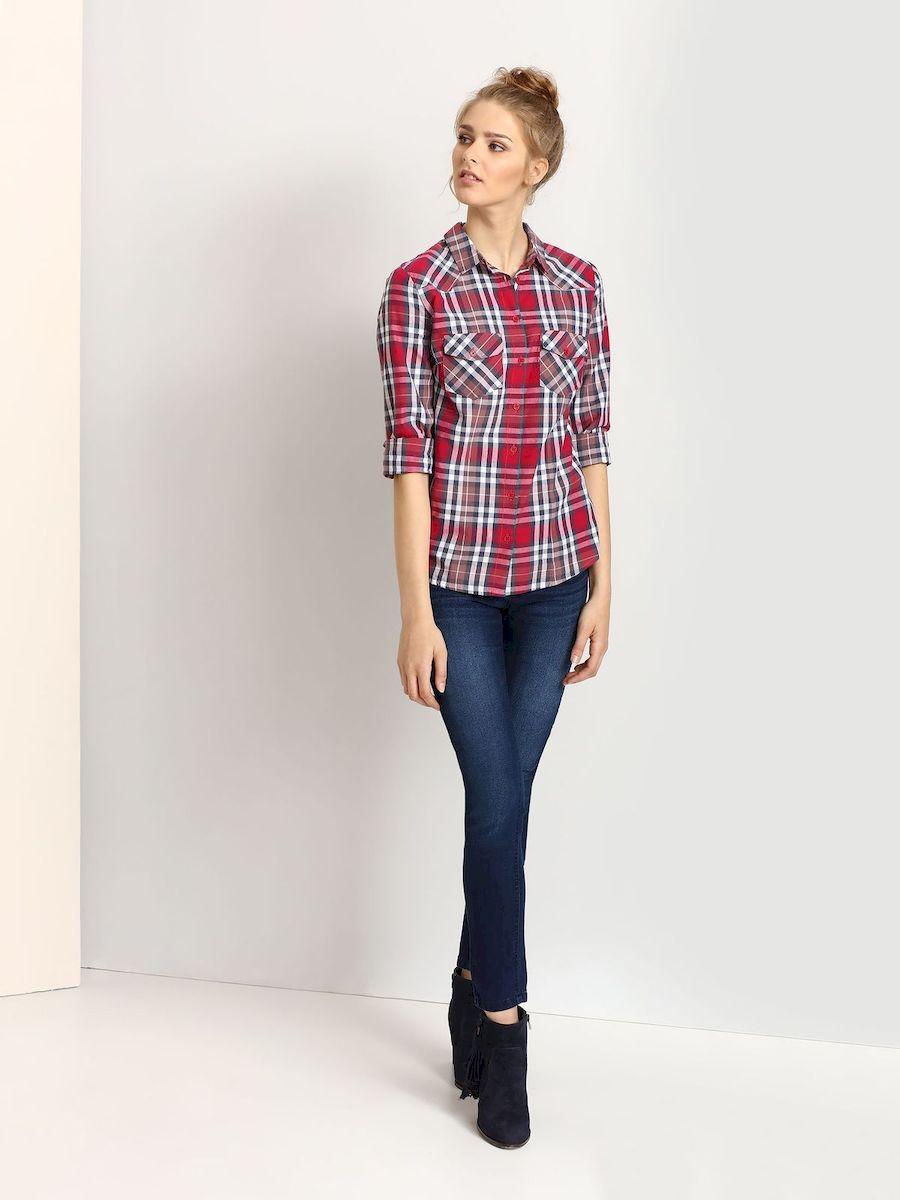 РубашкаTKL0256ROЖенская рубашка выполнена из хлопка и оформлена клетчатым принтом. Спереди изделие дополнено накладными карманами и застегивается на пуговицы. Модель со стандартным длинным рукавом и отложным воротником.