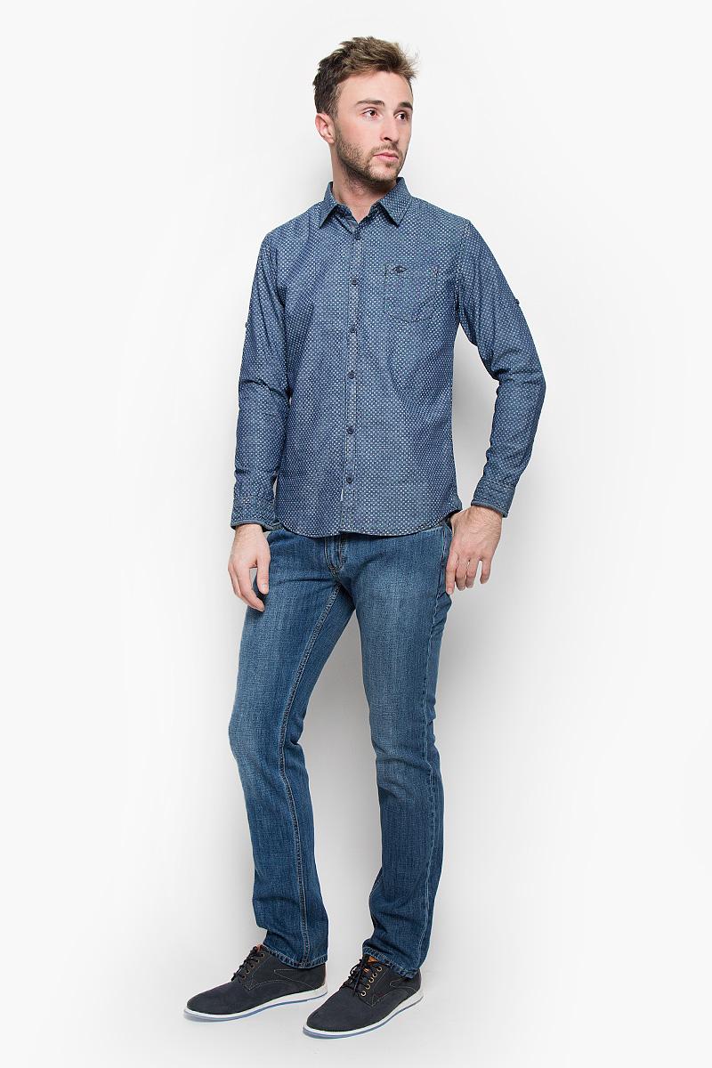 РубашкаDARWIN-5122/DARKCHAMBRAYМужская рубашка Lee Cooper, выполненная из натурального хлопка, идеально дополнит ваш образ. Материал мягкий и приятный на ощупь, не сковывает движения и позволяет коже дышать. Рубашка классического кроя с длинными рукавами и отложным воротником застегивается на пуговицы по всей длине. Низ рукавов дополнен манжетами на пуговицах. Также длину рукава можно регулировать за счет хлястика на пуговице. На груди модель дополнена накладным карманом. Такая рубашка будет дарить вам комфорт в течение всего дня и станет стильным дополнением к вашему гардеробу.