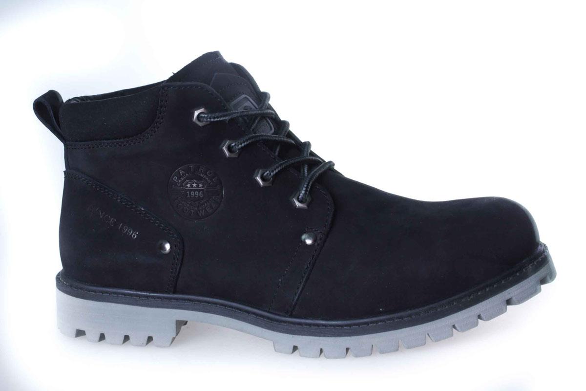 756-5918M-17w-4-1Уютные и теплые ботинки для мальчика от Patrol выполнены из натурального нубука. Подкладка и стелька, выполненные из натурального меха, обеспечивают отличную амортизацию и максимальный комфорт. Подошва с протектором гарантирует идеальное сцепление на любой поверхности. Ботинки на ноге фиксируются при помощи классической шнуровки.