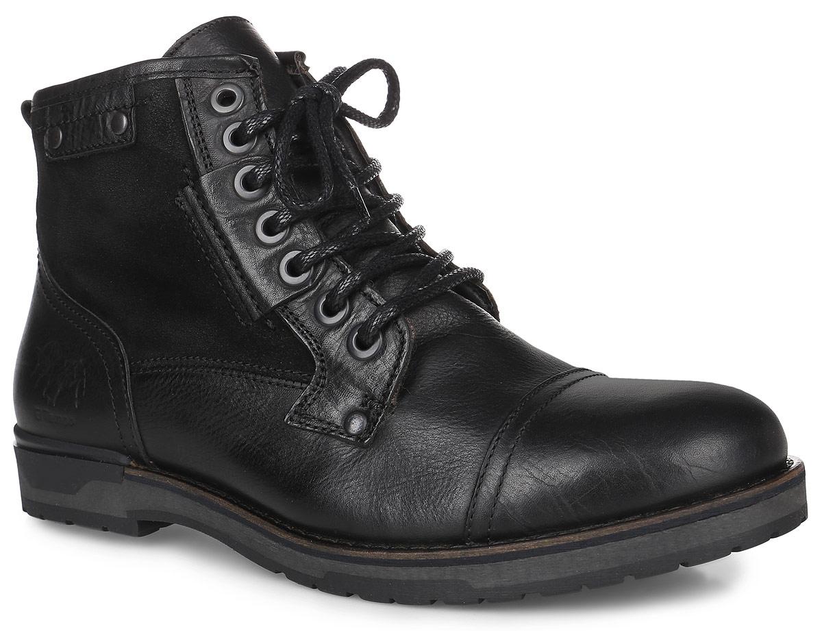 PP194_4400_BlackМужские ботинки El Tempo выполнены из натуральной кожи со вставками из натуральной замши. Модель на шнуровке, боковая сторона дополнена молнией. Задник декорирован тиснением в виде логотипа бренда. Подкладка и стелька изготовлены из натуральной шерсти. Подошва из прочной резины оснащена рифлением.