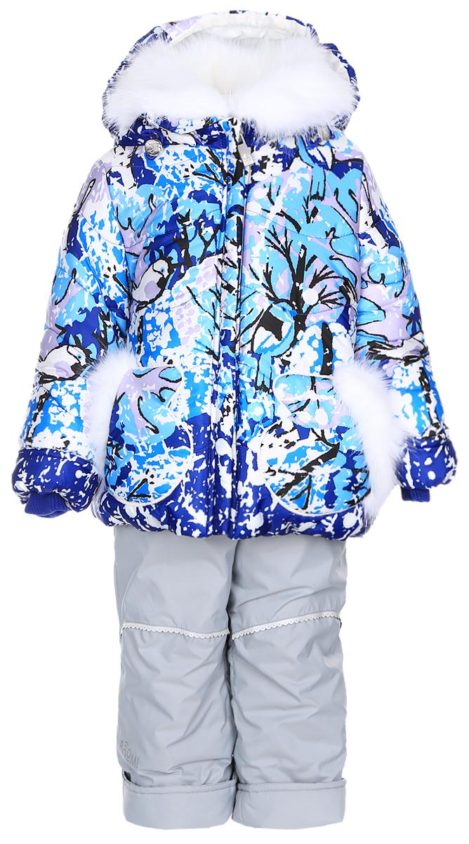 Комплект верхней одежды64344_BOG_вар.1Теплый комплект для девочки Boom!, идеально подойдет для вашему ребенку в холодное время года. Комплект состоит из куртки и полукомбинезона, изготовленных из водоотталкивающей ткани с утеплителем из синтепона. Куртка на флисовой подкладке в верхней части модели застегивается на пластиковую застежку-молнию и дополнительно имеет внутренний ветрозащитный клапан, также имеется защита подбородка. Курточка дополнена капюшоном, который регулируется скрытой резинкой с стопперами, воротник декорирован меховой опушкой на пуговицах. Манжеты рукавов отделаны эластичной широкой резинкой, которая мягко обхватывает запястья, не позволяя просачиваться холодному воздуху. Спереди имеются два накладных кармашка в виде рукавичек, которые декорированы меховой отделкой. Оформлена курточка яркими интересным принтом. Полукомбинезон с небольшой грудкой застегивается на пластиковую застежку-молнию и имеет наплечные эластичные лямки, регулируемые по длине. На талии...