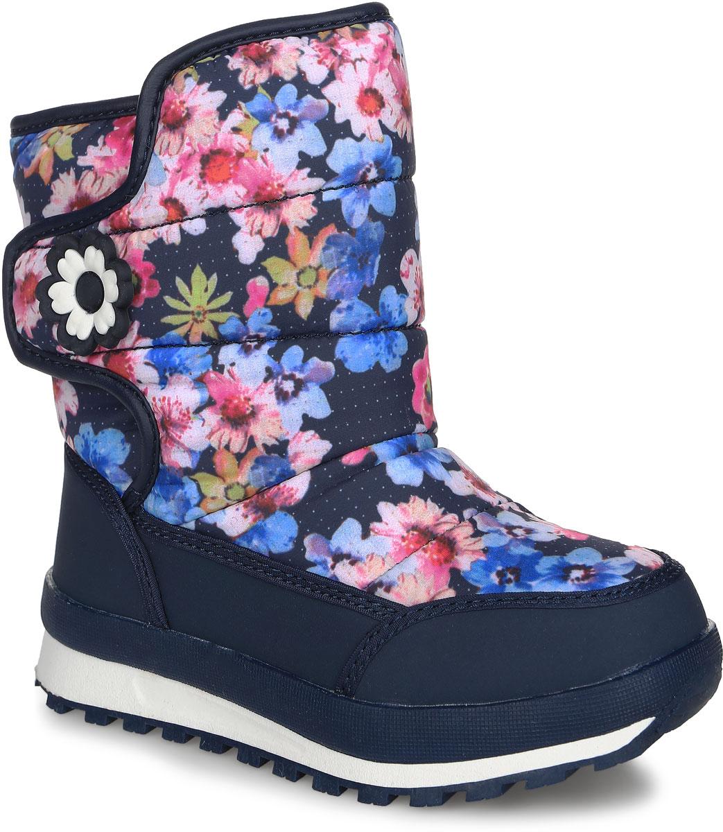 713Стильные дутики от Kapika заинтересуют вашу юную модницу с первого взгляда. Дутики изготовлены из водонепроницаемого текстиля и искусственной кожи. Модель оформлена оригинальным принтом и нашивкой в виде цветка. На ноге модель фиксируется с помощью удобного клапана с застежкой-липучкой. Подкладка и стелька на 80% состоят из натуральной шерсти и обеспечат ножкам тепло и уют. Подошва выполнена из легкого ТЭП-материала, что гарантирует отличное сцепление с любой поверхностью. Такие теплые и оригинальные дутики займут достойное место в гардеробе вашей девочки.