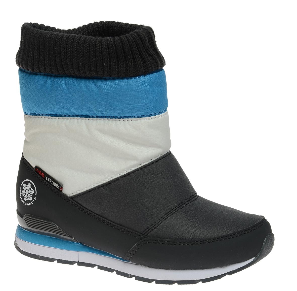 N1838-1Удобные детские дутики Strobbs - отличный вариант для повседневной носки. Модель выполнена из полиэстера с пропиткой и синтетической кожи. Сверху голенище дополнено трикотажной манжетой, которая обеспечивает комфортную посадку модели на ноге. Подкладка из искусственной шерсти не даст ногам замерзнуть. Подошва обеспечит легкость и естественную свободу движений. Модель маломерит на 1 размер