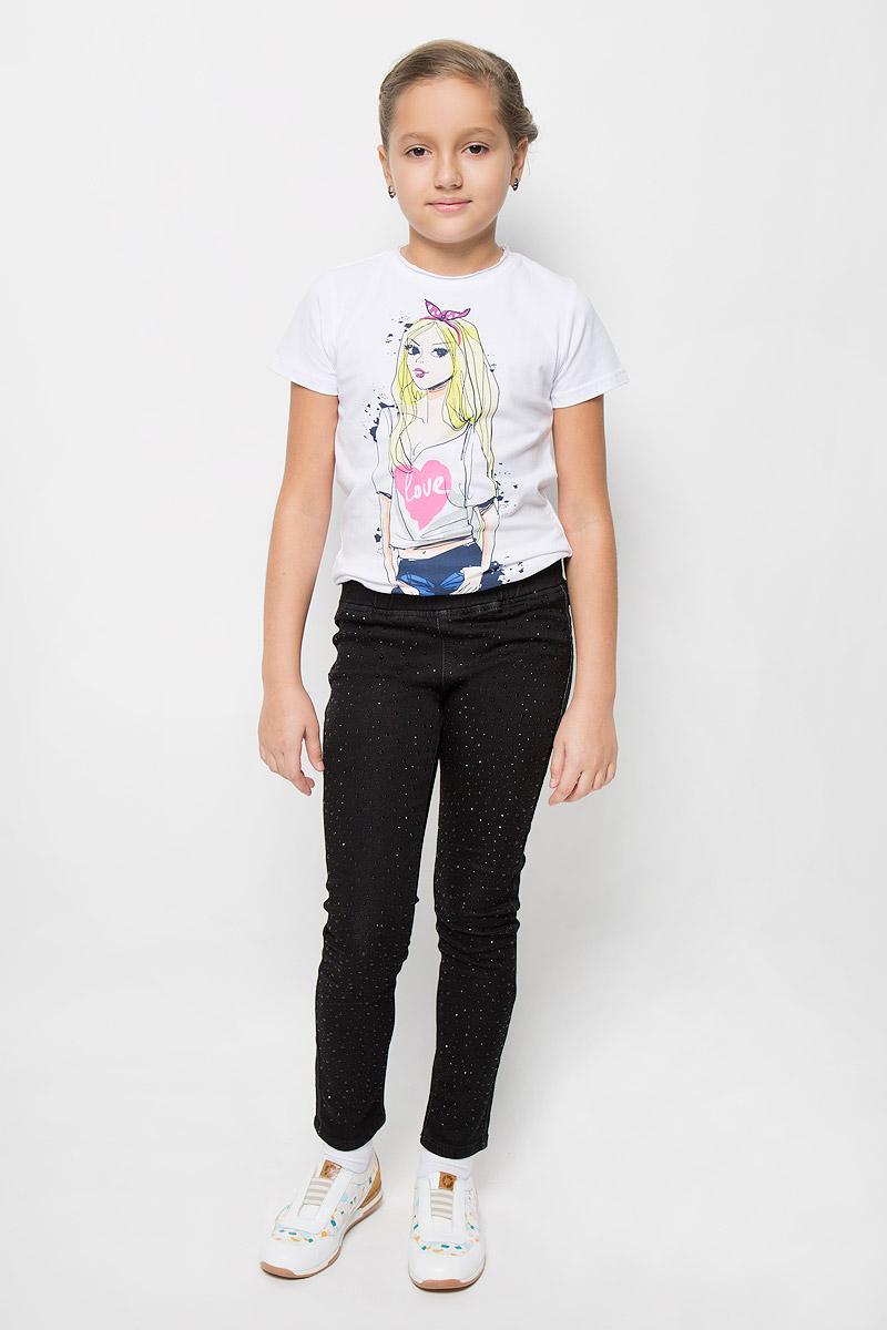 Брюки364122Брюки для девочки Scool станут стильным дополнением к образу юной модницы. Изделие выполнено из плотного эластичного материала, не стесняет движений, обеспечивая комфорт при носке. Брюки-слим имеют в поясе широкую эластичную резинку. Сзади расположены два накладных кармана. Модель декорирована стразами разных размеров. Обладательница таких брюк всегда будет в центре внимания!