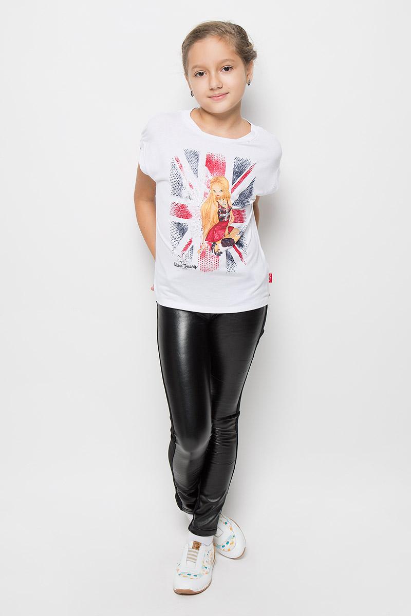 Футболка11605GKC1201Модная футболка для девочки Gulliver Созвездие Winx станет отличным дополнением к детскому гардеробу. Модель выполнена из мягкого трикотажа, очень приятная на ощупь, не сковывает движения и хорошо пропускает воздух, обеспечивая наибольший комфорт. Объемная футболка с круглым вырезом горловины и короткими рукавами-кимоно оформлена крупным изображением феи Винкс, декорированным серебристым напылением и цветными стразами. Дизайн и расцветка делают эту футболку стильным предметом детской одежды, она поможет создать отличный современный образ.