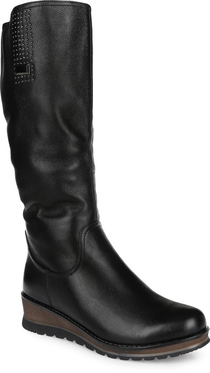 51163-27-A1024WЖенские сапоги Sinta Gamma выполнены из натуральной кожи. Подкладка и стелька из натурального меха защитят ноги от холода и обеспечат комфорт. Сапоги застегиваются на застежку-молнию сбоку. Резиновая подошва с рельефным рисунком обеспечивает отличное сцепление на любой поверхности.
