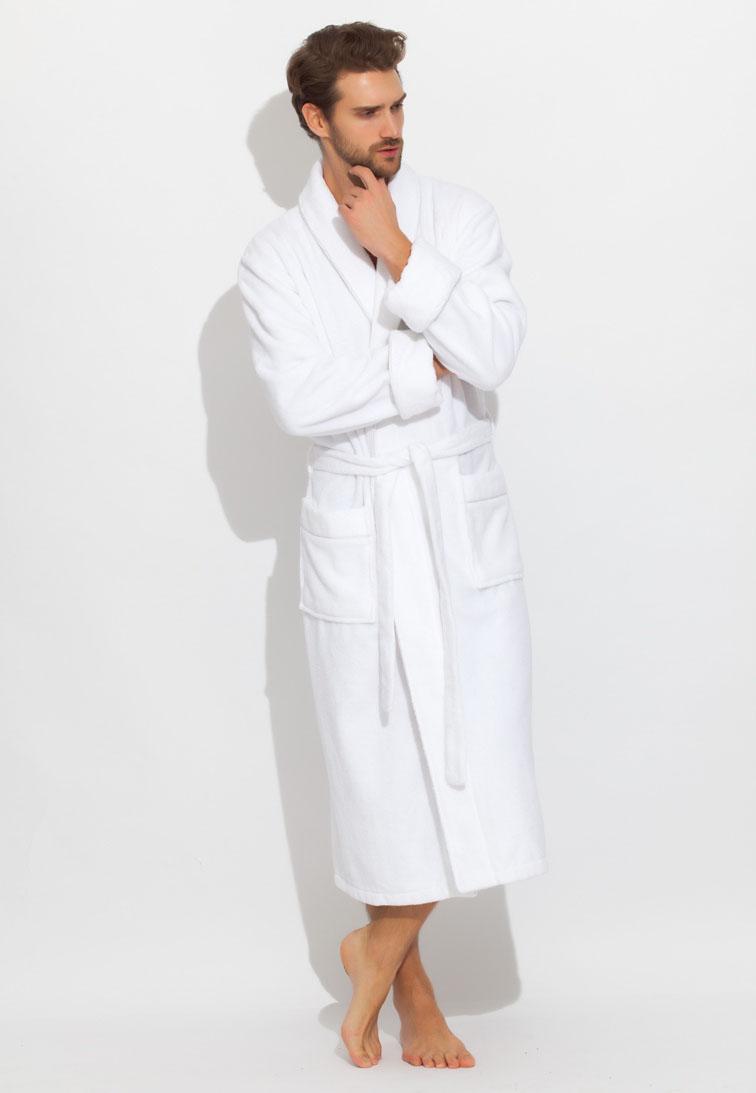 Халат920Махровый мужской халат Peche Monnaie, выполненный из натурального хлопка, идеально подойдет для вас. Материал приятный на ощупь, позволяет телу дышать и хорошо впитывает влагу. Модель с длинными рукавами и воротником-шаль дополнена поясом на талии. Спереди предусмотрены два накладных кармана. Декоративный кант в цвет халата украшает воротник, манжеты рукавов и карманы. Рукава подворачиваются.