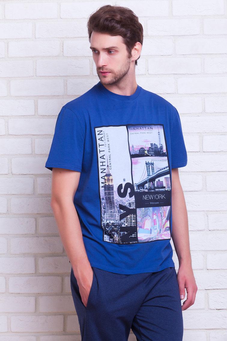№11Спортивный костюм Manhattan создан для настоящих мужчин, ведущих активный образ жизни! В комплект входит: легкая футболка и спортивные брюки из более плотного материала. Трикотажная футболка с коротким рукавом с О-образным вырезом, прямой свободный крой - Regular Fit. Оригинальный большой принт на груди в дизайне MANHATTAN. Футболка произведена из натурального хлопка с небольшим добавлением лайкры, позволяющей изделию не деформироваться после многократных стирок, не выцветать и сохранять первоначальную форму. Плотные брюки из натурального хлопка, выработка материала с особой мембранной структурой ткани AIR Control PM обеспечивает великолепные дышащие свойства изделия и естественный теплообмен. Не позволят телу перегреваться или переохлаждаться в зависимости от внешних условий. А добавление лайкры - не позволяет материалу вытягиваться и деформироваться в наиболее активных зонах движения. Широкий и удобный пояс на резинке и дополнительной регулировкой на шнурке. Полноценные...