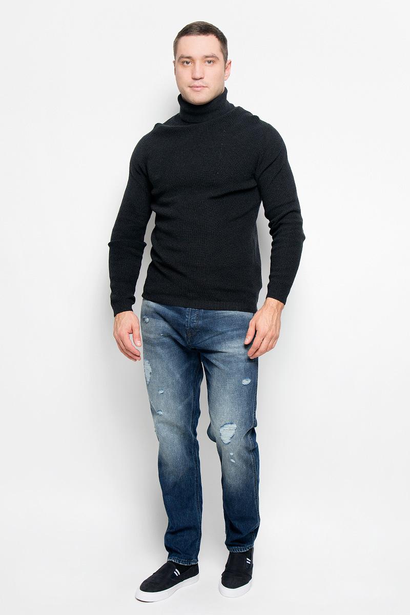 Свитер16052121_Dark Grey MelangeОригинальный мужской свитер Selected Homme Identity, изготовленный из высококачественной пряжи из натурального хлопка, мягкий и приятный на ощупь, не сковывает движений и обеспечивает наибольший комфорт. Модель с воротником-гольф и длинными рукавами великолепно подойдет для создания современного образа в стиле Casual. Воротник, манжеты рукавов и низ изделия связаны резинкой. Этот свитер послужит отличным дополнением к вашему гардеробу. В нем вы всегда будете чувствовать себя уютно и комфортно в прохладную погоду.