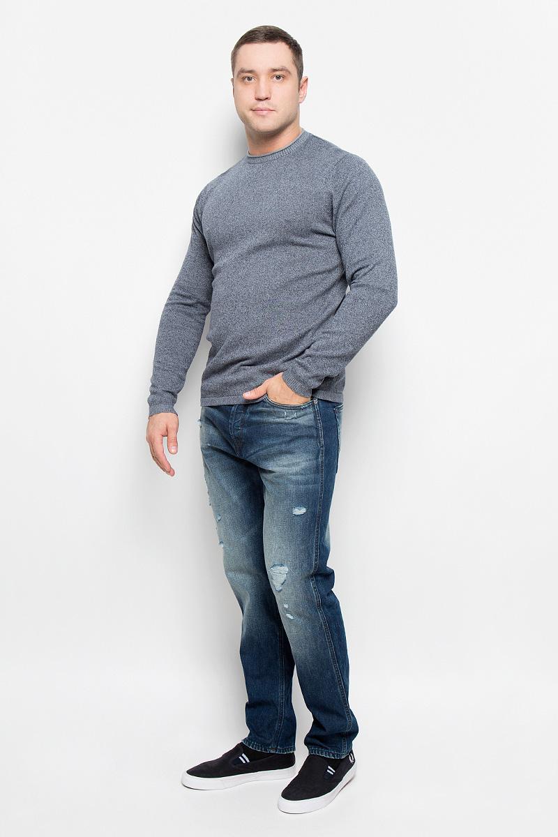 22004795_Dress BluesСтильный мужской джемпер Only & Sons, выполненный из натурального хлопка, станет стильным дополнением к вашему образу. Материал изделия очень мягкий и тактильно приятный, не стесняет движений, хорошо пропускает воздух. Джемпер с круглым вырезом горловины и длинными рукавами. Манжеты рукавов и вырез горловины связаны резинкой. Джемпер - идеальный вариант для создания образа в стиле Casual. Он подарит вам уют и комфорт в течение всего дня.