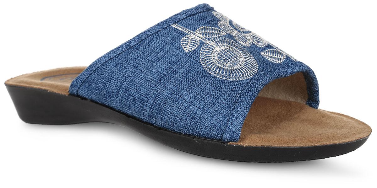 4454-18WTЖенские тапки от Bris выполнены из плотного текстиля, декорированного вышивкой. Подкладка и стелька изготовлены из текстиля. Подошва из легкого полиуретана оснащена рифлением.