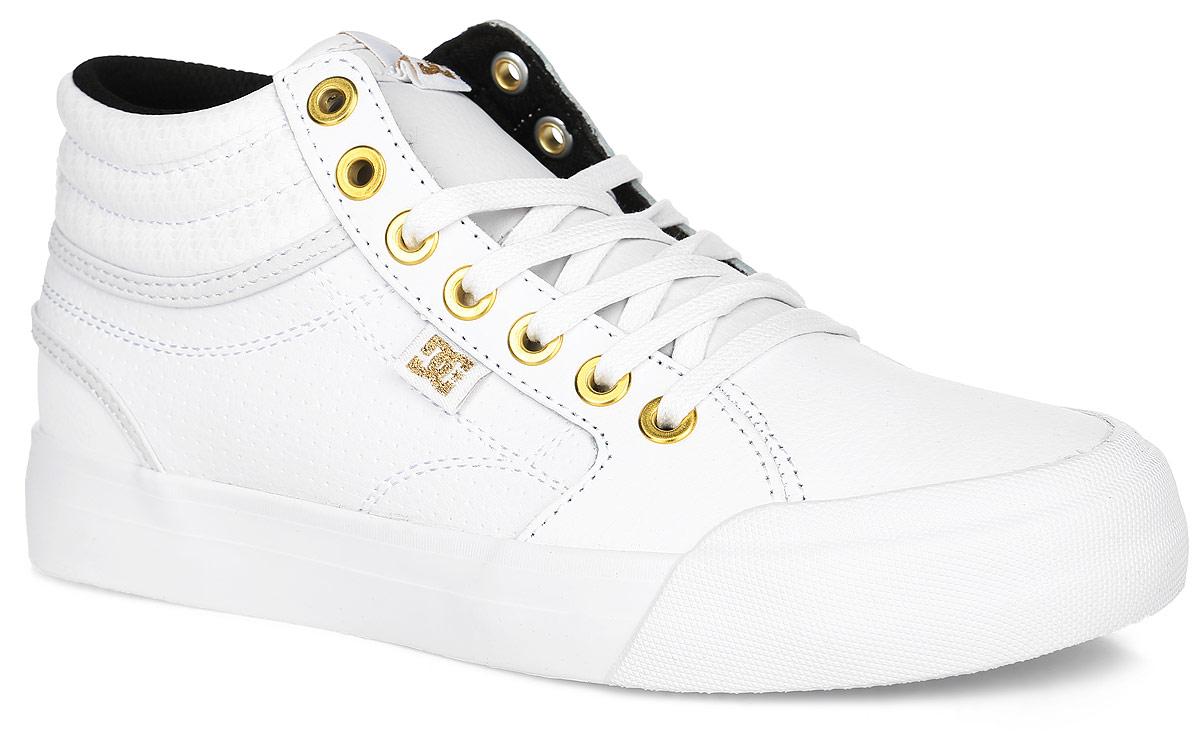 ADJS300147-WG1Кеды от DC Shoes выполнены из натуральной кожи зернистой текстуры и оформлена прострочкой. Язычок оформлен фирменной нашивкой. Ярлычок на заднике облегчит надевание модели. На ноге модель фиксируется с помощью шнурков. Внутренняя поверхность выполнена из текстиля. Стелька из ЭВА-материала с покрытием из текстиля комфортна при движении. Подошва изготовлена из высококачественной резины и дополнена протектором, который гарантирует отличное сцепление с любой поверхностью.