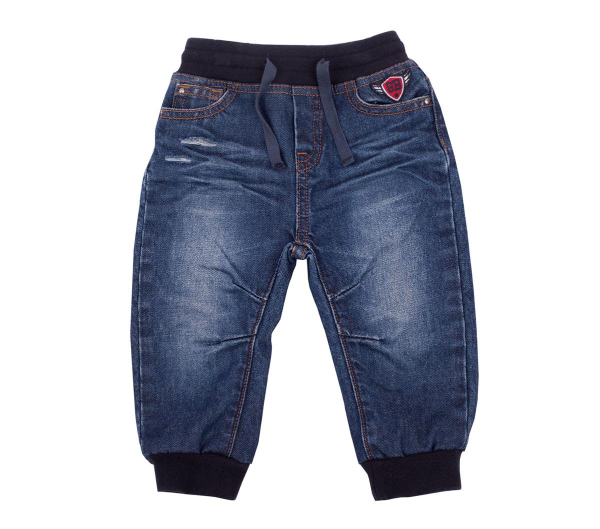 Джинсы216GBBC6301Джинсы для малышей - идеальный вариант для ежедневных прогулок. Мягкие, удобные, практичные, эти джинсы гарантируют комфорт и свободу движений. Конструкция модели сделана с учетом возрастных особенностей детей: удобная форма, пояс на резинке облегчает процесс одевания-раздевания, чуть заниженная линия слонки позволяет использовать подгузник. Во всем остальном, эти джинсы для малышей соответствуют основным трендам сезона. Модная варка, протертости, замины, повреждения делают джинсы стильным элементом гардероба юного модника. Если вы хотите купить модные брюки, но не можете определиться с моделью, выбирайте джинсы и ваш ребенок будет неотразим!
