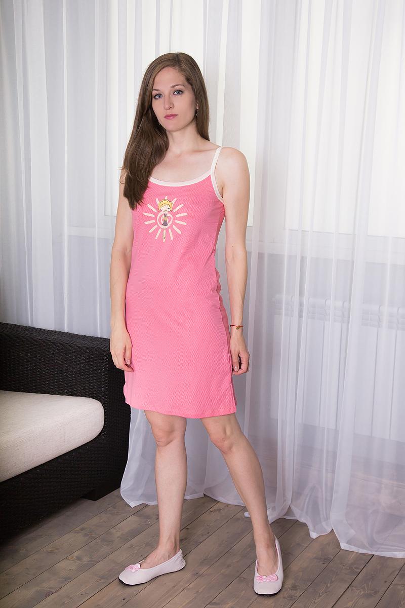Платье домашнее7117110320Платье домашнее Violett изготовлено из натурального хлопка. Модель на бретельках оформлена интересным принтом. Сбоку изделие дополнено небольшим разрезом.