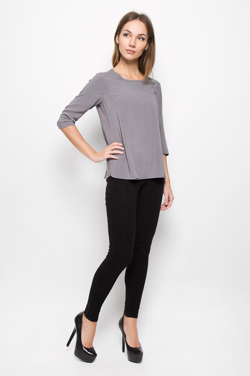 10156498_335Женская блузка Broadway Owens, выполненная из мягкой вискозы, поможет создать современный и стильный образ. Материал изделия тактильно приятный, не стесняет движений и хорошо пропускает воздух, обеспечивая комфорт. Блузка с круглым вырезом горловины и рукавами 3/4 имеет снизу закругленные края. Однотонная модель - базовый элемент одежды, необходимый для создания большинства повседневных образов. Лаконичный дизайн и совершенство стиля подчеркнут вашу индивидуальность.