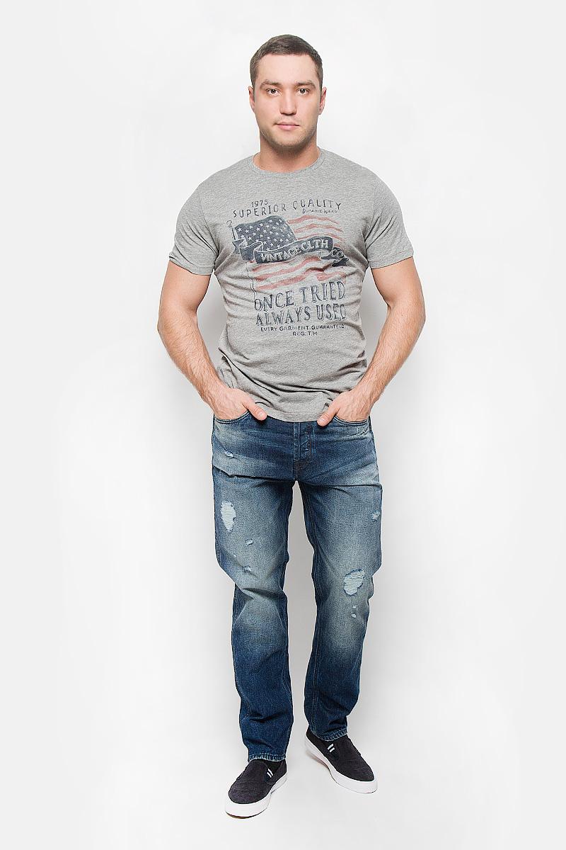 Футболка12110042_Light Grey MelangeСтильная мужская футболка Jack & Jones Vintage, выполненная из хлопка с добавлением вискозы, обладает высокой теплопроводностью, воздухопроницаемостью и гигроскопичностью. Она необычайно мягкая и приятная на ощупь, не сковывает движения и превосходно пропускает воздух. Такая футболка превосходно подойдет как для занятий спортом, так и для повседневной носки. Модель с короткими рукавами и круглым вырезом горловины - идеальный вариант для создания модного современного образа. Футболка оформлена оригинальным принтом и фирменной нашивкой. Эта модель подарит вам комфорт в течение всего дня и послужит замечательным дополнением к вашему гардеробу.