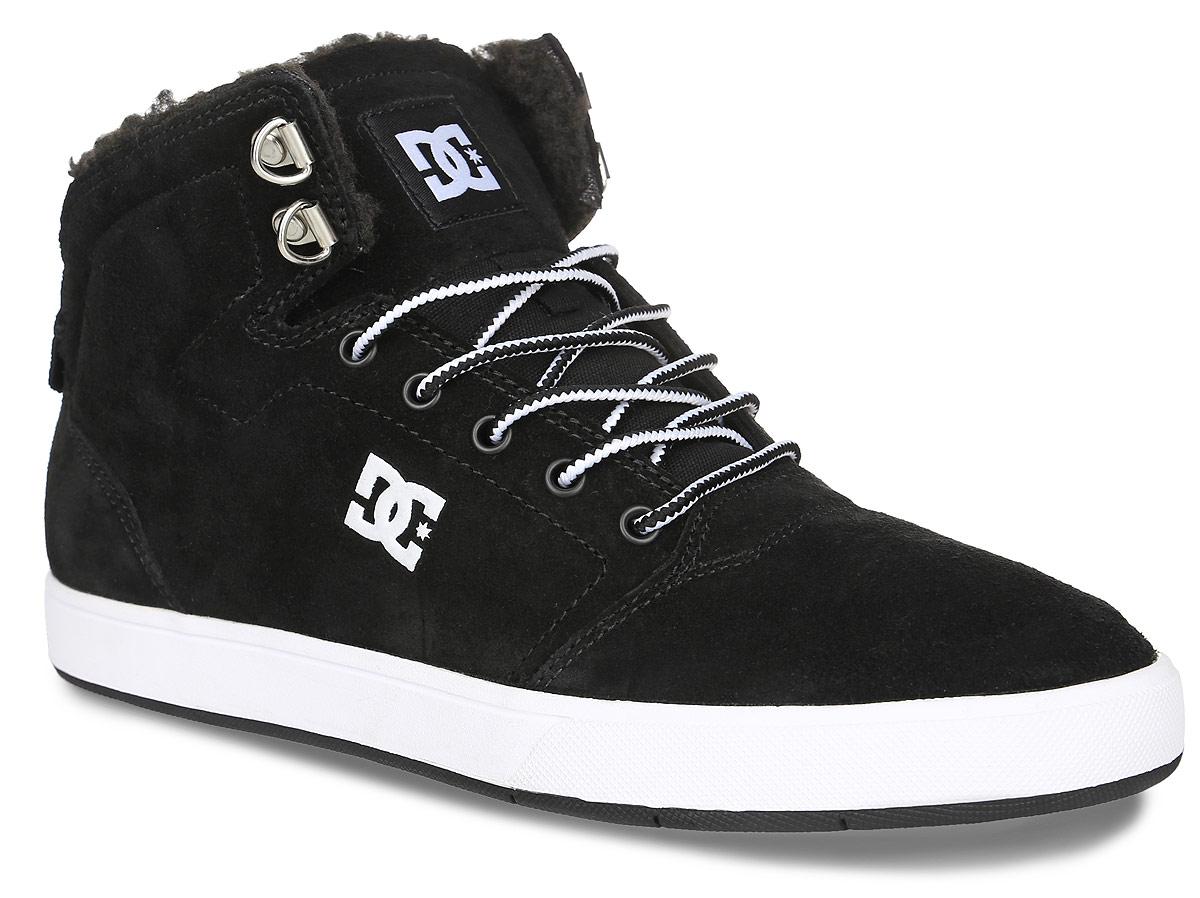 ADYS100116-BKWКеды от DC Shoes выполнены из натурального велюра и оформлены логотипом бренда и прострочкой. На ноге модель фиксируется с помощью шнурков. Внутренняя поверхность и стелька выполнены из искусственной шерсти, которая обеспечит тепло и уют. Подошва из высококачественной резины и дополнена протектором, который гарантирует отличное сцепление с любой поверхностью.