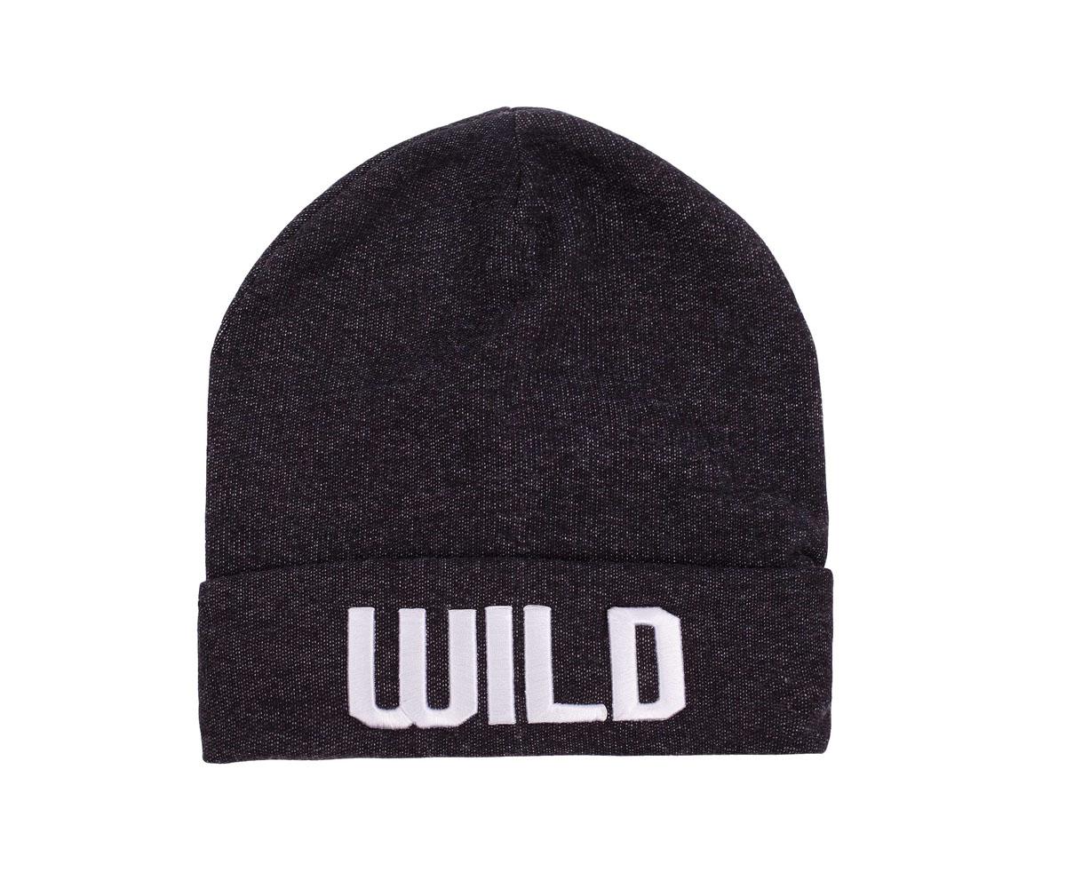 21612BTC7305Стильная трикотажная шапка с вышивкой 3D красиво дополнит повседневный образ мальчика-подростка. Мягкая, уютная, комфортная, стильная шапка защитит подростка от ветра и холода.
