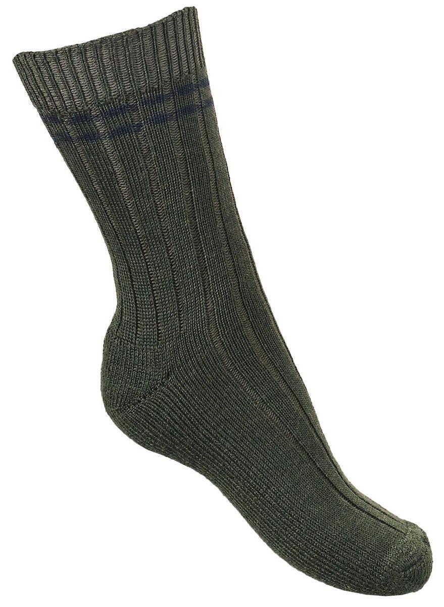6016Высокие, плотные, шерстяные охотничьи носки Tesema Metsastajan (лесные). Рассчитаны на холодную погоду - до минус 15°С- 20°С. Плоский шов. Отличные тепловые характеристики обеспечиваются высоким содержанием натуральной шерсти, а содержание полиамида дает отличные эксплуатационные качества - износостойкость, сохранение формы и долговечность. Носки Tesema - традиционно высокое европейское качество и финские технологии.
