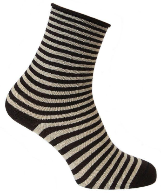 2543Женские носки для повседневной носки средней плотности, без резинки. Обладают высокой износостойкостью. Мягкое как шелк природное волокно бамбука придает чрезвычайно нежное ощущение при соприкосновении с кожей, хорошо дышит, впитывает влагу и распределяет тепло. Носок и пятка сотканы из сученой нити, что значительно увеличивает износостойкость носок. Носки Tesema - традиционно высокое европейское качество и финские технологии.