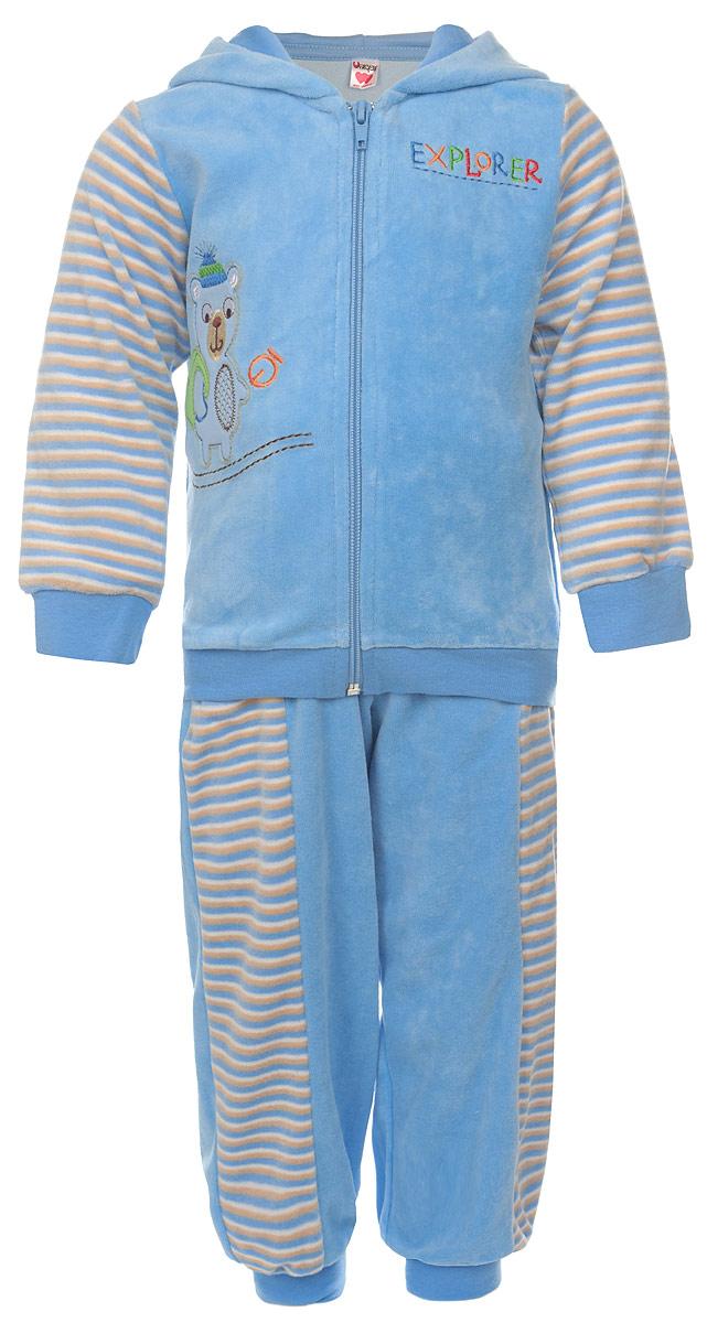 Комплект одеждыU1042-10Модный детский комплект Unigue, состоящий из кофты и брюк - очень удобный и практичный. Комплект выполнен из натурального хлопка с добавлением полиэстера, благодаря чему он необычайно мягкий и приятный на ощупь, не раздражают нежную кожу ребенка и хорошо вентилируются, а эластичные швы приятны телу малыша и не препятствуют его движениям. Кофта с капюшоном и длинными стандартными рукавами застегивается на пластиковую застежку-молнию. Манжеты рукавов и низ изделия дополнены широкими трикотажными резинками, не перетягивающими запястья. Модель оформлена принтом в полоску и дополена оригинальной нашивкой с изображением мишки. Брюки прямого покроя оформлены принтом в полоску на талии имеют широкую эластичную резинку, благодаря чему они не сдавливают животик ребенка и не сползают. Понизу штанины также дополнены широкими трикотажными манжетами. Брючки дополнены двумя боковыми карманами. Комплект идеален как самостоятельная верхняя одежда прохладным летом...