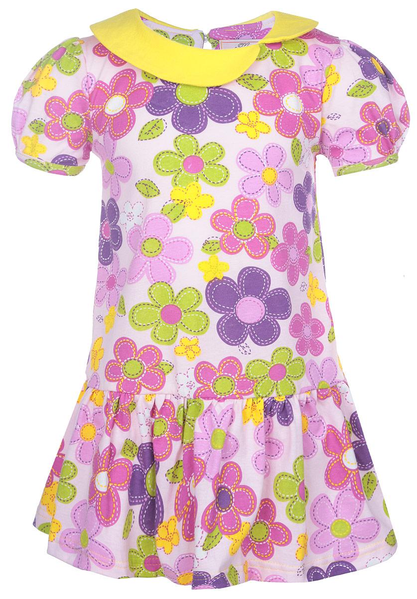 ПлатьеSSD261046-77Яркое платье для девочки M&D отлично подойдет маленькой моднице. Выполненное из натурального хлопка, оно легкое и воздушное, приятное на ощупь, не сковывает движения и хорошо вентилируется. Платье с круглым вырезом горловины и рукавами-фонариками застегивается сзади на небольшую жемчужную пуговичку, что помогает при переодевании ребенка. Модель оформлена нежным цветочным принтом. Горловина дополнена оригинальным воротничком. Ниже линии талии заложены частые складочки, которые придают изделию воздушность. Современный дизайн и яркая расцветка делают это платье стильным предметом детской одежды. В нем маленькая принцесса всегда будет в центре внимания.