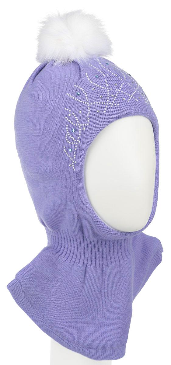 Шапка детскаяAW15013-53Комфортная детская шапка-шлем Nota Bene идеально подойдет для прогулок в холодное время года. По своей конструкции шлем облегает головку ребенка, надежно защищая ушки, лобик и щечки от продуваний. Шапочка, выполненная из шерстяной пряжи, максимально сохраняет тепло, она мягкая и идеально прилегает к голове. Шерсть хорошо тянется и устойчива к сминанию. Мягкая подкладка выполнена из натурального хлопка, поэтому шапка хорошо сохраняет тепло. Шапка оформлена интересным принтом и украшена стразами, на макушке дополнена помпоном. Удобная шапка-шлем станет модным и стильным дополнением гардероба вашего ребенка, надежно защитит его от холода и ветра, и поднимет ему настроение даже в пасмурные дни! Уважаемые клиенты! Размер, доступный для заказа, является обхватом головы.