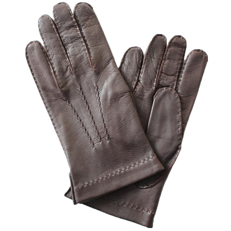 ПерчаткиЭ-21M-1_12Перчатки изготовлены из высококачественной английской кожи Pittards и итальянской кожи Gargiulo на современном технологичном оборудовании. Оформлены декоративной прострочкой. Продукция соответствует международным стандартам качества.