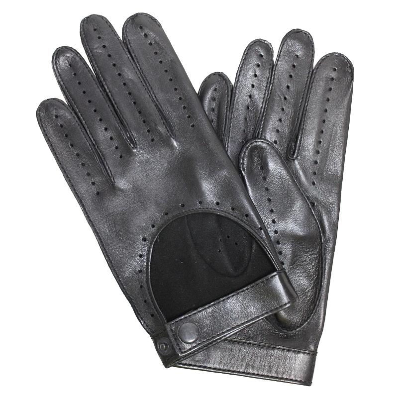ПерчаткиЭ-20M_43Перчатки изготовлены из высококачественной английской кожи Pittards и итальянской кожи Gargiulo на современном технологичном оборудовании. Оформлены перфорацией и хлястиком с кнопкой. Продукция соответствует международным стандартам качества.