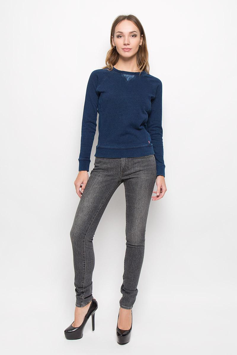 Джинсы1888100990Стильные женские джинсы Levis® 711 станут отличным дополнением к вашему гардеробу. Изготовленные из высококачественного комбинированного материала, они мягкие и приятные на ощупь, не сковывают движения и позволяют коже дышать. Джинсы-скинни по поясу застегиваются на металлическую пуговицу и имеют ширинку на застежке-молнии, а также шлевки для ремня. Модель имеет классический пятикарманный крой: спереди - два втачных кармана и один маленький накладной, а сзади - два накладных кармана. Изделие оформлено легкими потертостями. Современный дизайн и расцветка делают эти джинсы модным предметом одежды. Это идеальный вариант для тех, кто хочет заявить о себе и своей индивидуальности и отразить в имидже собственное мировоззрение.